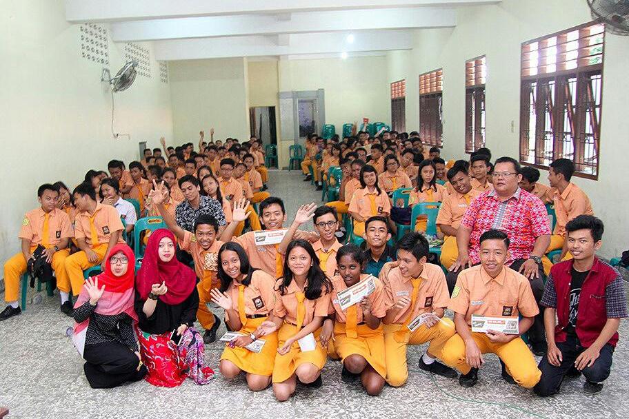 Sanger Learning Adakan Workshop di SMK Grafika Bina Media